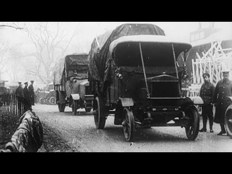 Parcels for the Front (1915) - First World War | BFI National Archive