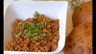 Matki Chi Usal - Maharashtrian Dish With Moth Beans - By Vahchef @ Vahrehvah.com