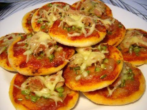 صورة  طريقة عمل البيتزا اسهل طريقة لعمل ميني بيتزا 🍕🍕 في المنزل طريقة عمل البيتزا من يوتيوب