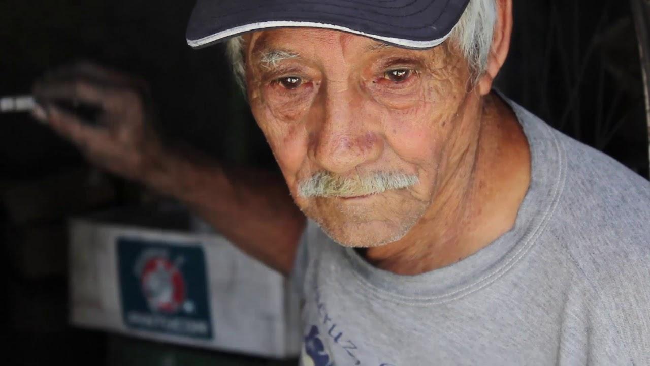 Manos que transforman: Don Panchito Montoya, maestro textilero.