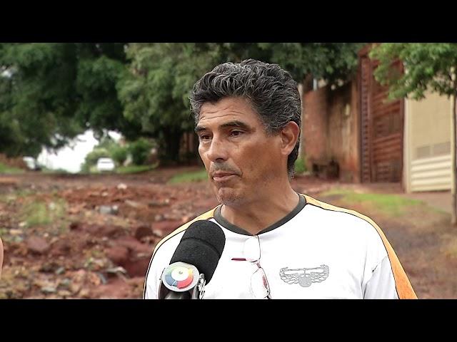 Moradores da Vila Nogueira reclamam das péssimas condições das ruas após chuva