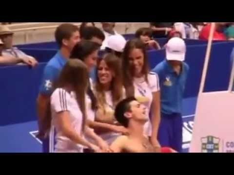 Novak Djokovic Like A Boss With Girls Youtube