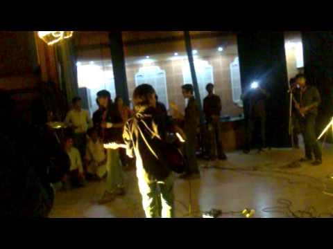 Aadat Instrumental-MANIT Band @ NOESIS 2010.mp4