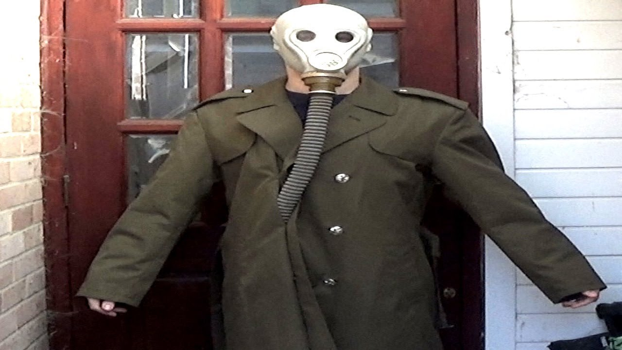 gas mask trenchcoatgreatcoat halloween costume idea