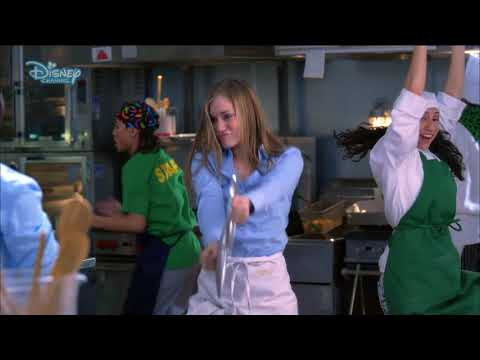 High School Musical 2 | Work This Out - Music Video - Disney Channel Italia