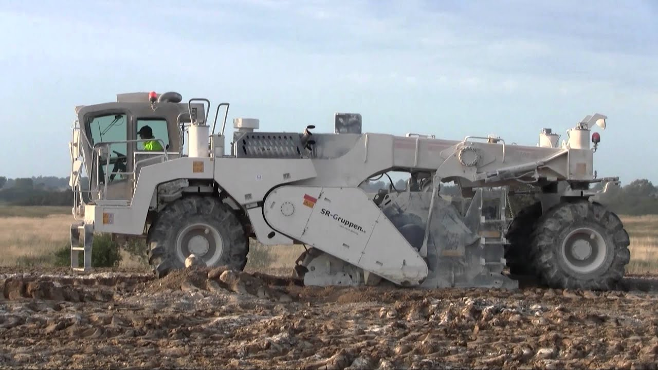Wirtgen Wr 2400 Soil Stabilizer Youtube