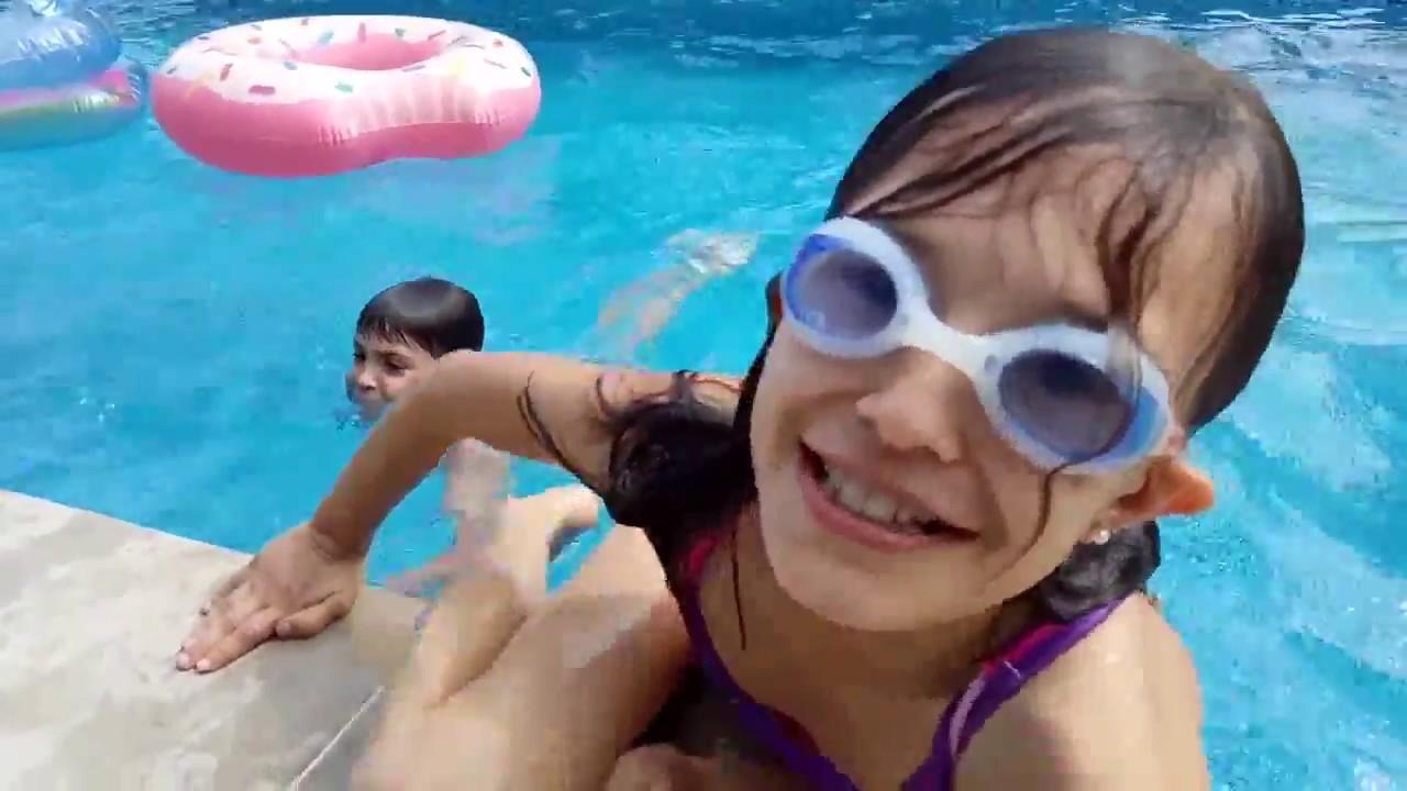 Пикаперы в бассейне правы