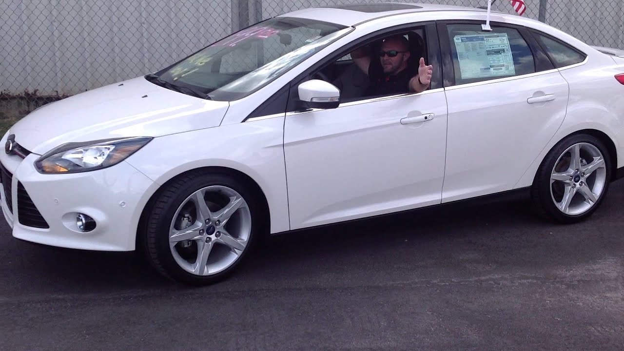 New 2013 Ford Focus Titanium With Active Park Assist 40mpg
