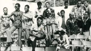 Benin: Zoundegnon Bernard (T P Orchestre Poly Rythmo de Cotonou)  -    Mille Fois Merci