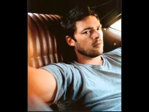 Karl Urban:: The Litte Things