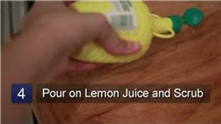 Kitchen Cleaning : How To Remove Garlic Odor From Wood Cutting Boards