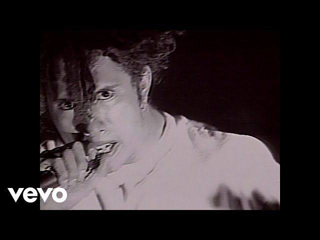 Rage Against The Machine - Killing In the Name (Official Video)