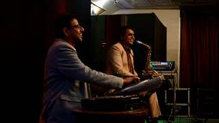 Har Kisiko Nahin Milta/live/cover/Played by Irshad saxophonist and Dipak Hand Sonic