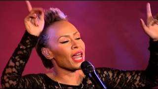 Repeat youtube video Naughty Boy & Emeli Sandé perform 'Lifted' at The British Asian Trust Dinner 2014