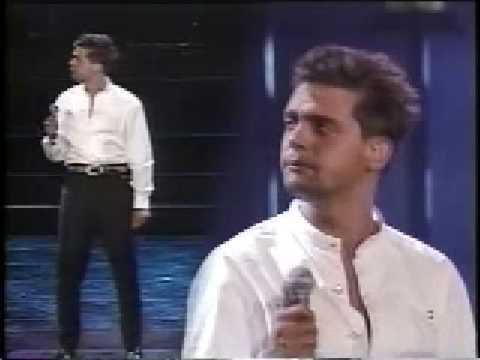 Luis Miguel - La Media Vuelta (En Vivo)