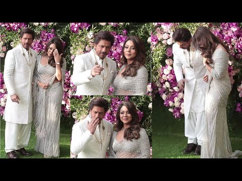 Shahrukh Khan and Gauri Khan look like a Bride at Akash Ambani Grand Wedding