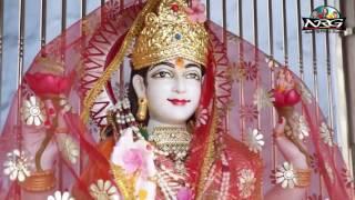 Mataji Bhajan - Cham Cham Chamke Jagdamba | New Rajasthani Bhajan | Pandolai Live | Full Video HD