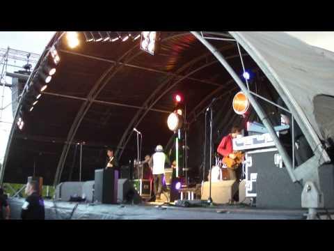 Cloudy Room-The Twang @Mosbourgh Music festival