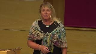 Intro hearings, nomineringsförsamlingens vice ordförande, Marie Arsenian-Henriksson, Campus Solna thumbnail