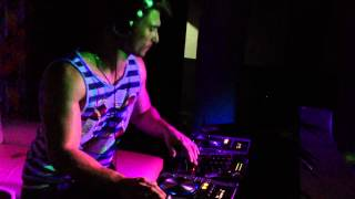 Dj Flavio Mazzucatto -  Glow in EACH #2  Party Hard