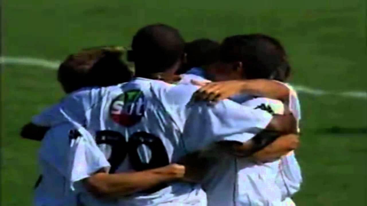 Juninho pernambucano - Top 10 gols pelo Vasco - YouTube 23f2831359634