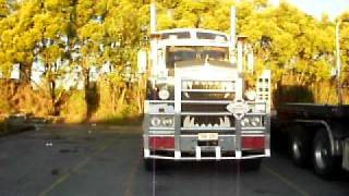 bonnie at rocklea truck park in brisbane  june 2011.AVI Thumbnail