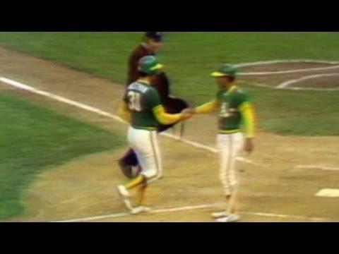 1974 WS Gm4: Holtzman's solo home run gives A's lead