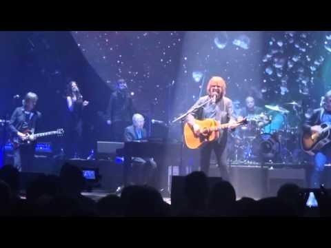 Jeff Lynne's ELO - Turn To Stone - Dublin 2016