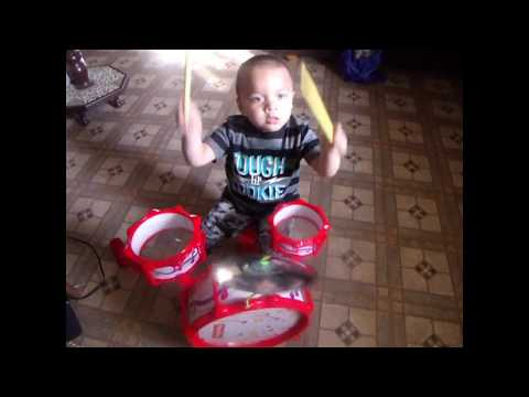 Fisher Price Toy Review: Little Drummer Boy - Big Bang Drum Set