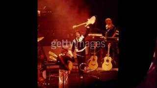 Eat at home (live) -  Paul McCartney & Wings