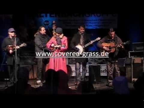 "Covered Grass - ""Winter Wonderland"" - Christkindmarkt Engelskirchen"