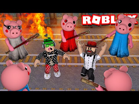 WE NEED TO ESCAPE TRAIN STATION OR PIGGY WILL GET US In ROBLOX (PIGGY CHAPTER 7)