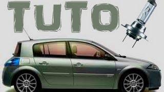 TUTO changer l'ampoule d'un feux de croisement Renault Mégane 2 (how to change dipped headlight) HD