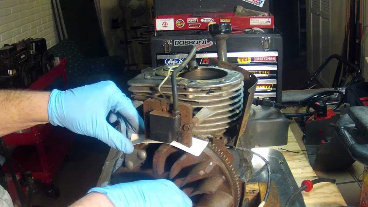 Tecumseh Hm80 Engine Part 6 - Flywheel Removal And Installation With Ignition Setting