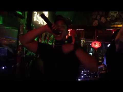 DJ Dzul Kch spin at Ming Cafe Miri