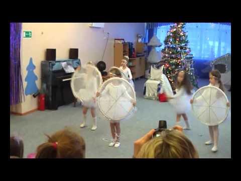 танец снежинок) детский сад 144