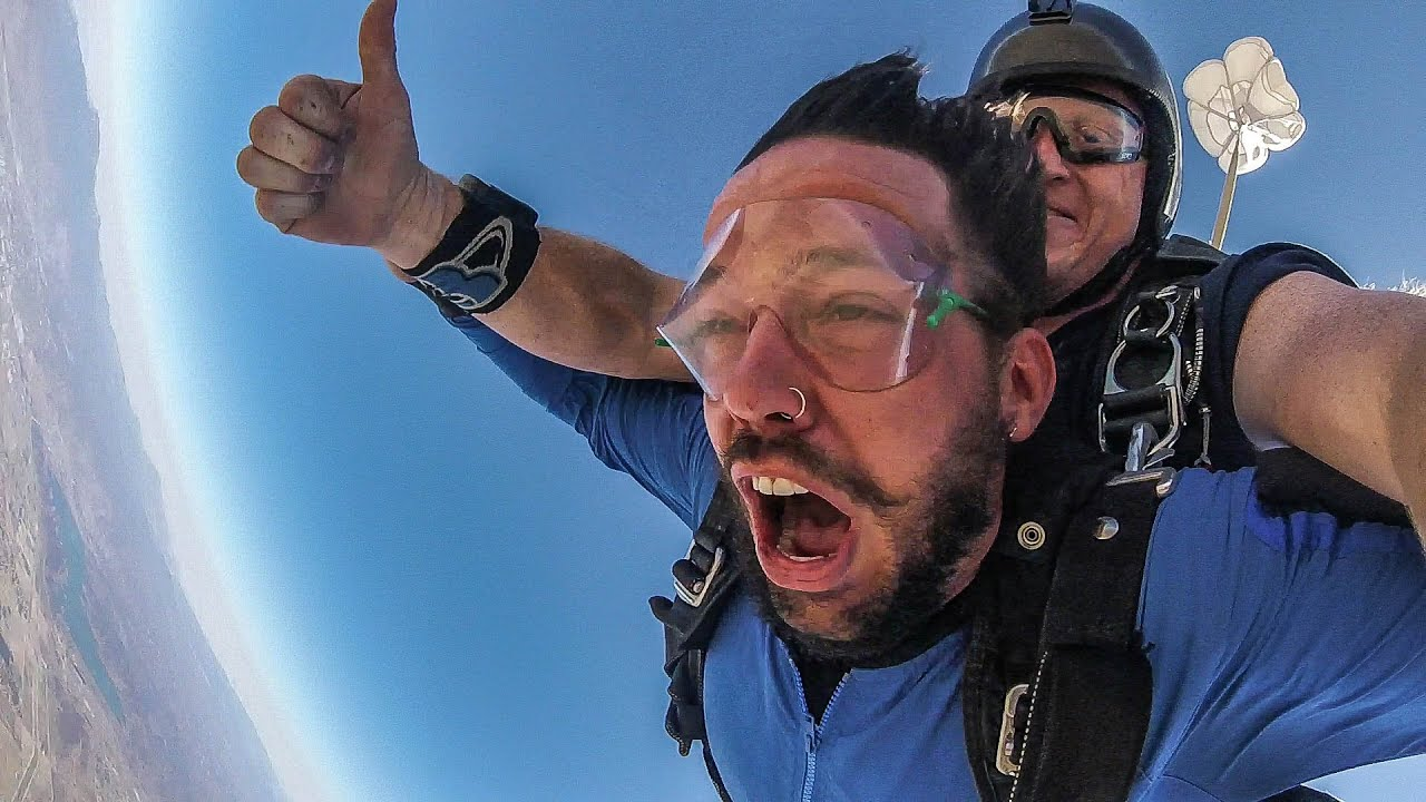 "a report on skydiving A williamsburg woman hailed as one of the most experienced skydivers on the east coast died in a skydiving accident in south  click ""report"" next to that comment post a comment watch this ."