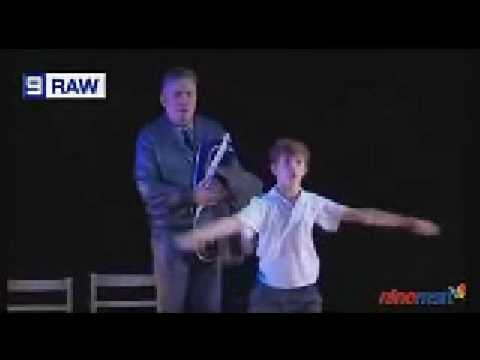 Rhys Kosakowski dances Electricity