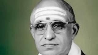 Repeat youtube video Rama Nee samana mevaru -Kharaharapriya -tyagaraja-by Semmangudi R Srinivasa Iyer
