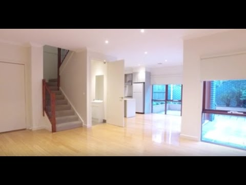 Rental Property in Melbourne: Malvern East Townhouse 3BR/2BA by Property Managers in Melbourne