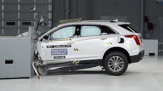 2017 Cadillac XT5 small overlap IIHS crash test