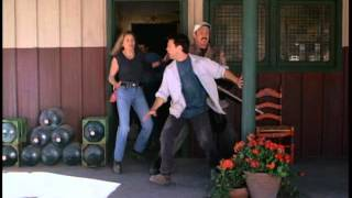 Tremors 2: Aftershocks - Trailer