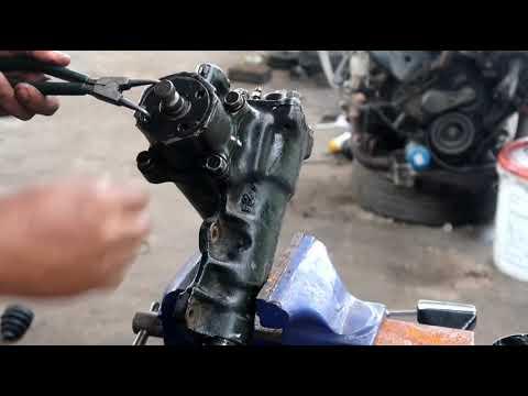 How to repair power steering box Mitsubishi pajero 2.5/ Cara menukar oil seal steering box pajero