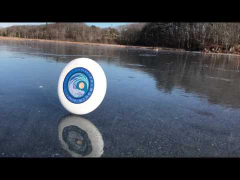 iHeartCountry Trending - Frisbee Disc Has A Mind Of Its Own On The Ice
