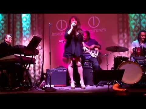 Ciel Perlas singing