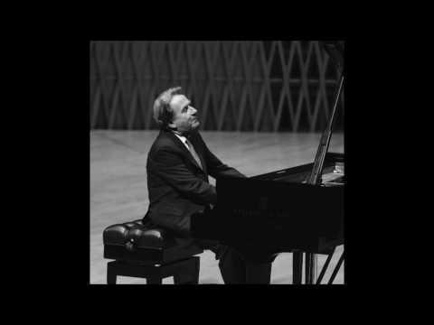 "Rudolf Buchbinder plays Beethoven sonata ""Tempest"" (2017 Shanghai)"