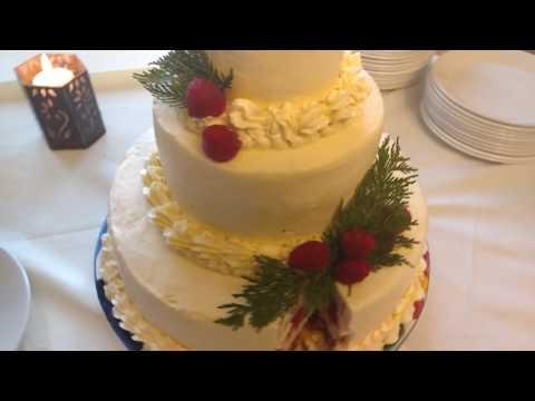 the-best-wedding-cake-i've-ever-seen!!