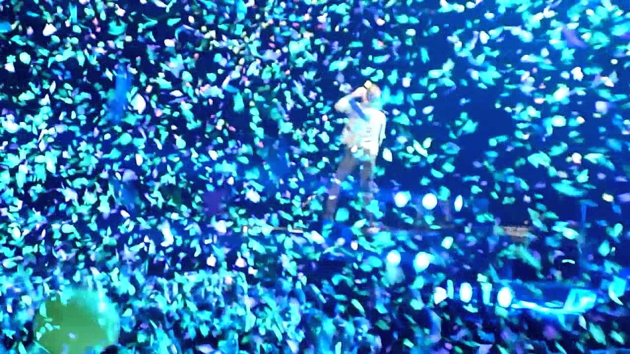 Download Coldplay Berlin O2 World - In My Place