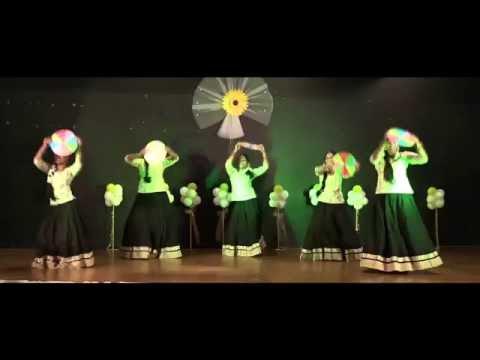 Kolussu Thenni Thenni Malayalam Group Dance