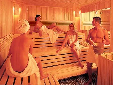 Голые в банях, в саунах, в душе, в бассейнах